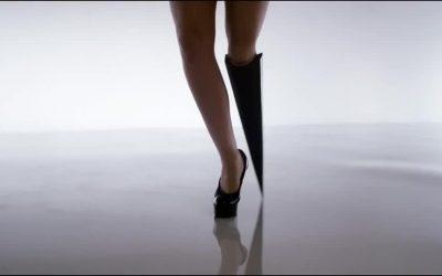 Viktoria Modesta: αλλάζοντας την εικόνα μας για το σώμα με ένα μοναδικό τεχνητό μέλος