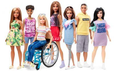Δύο ιδιαίτερες Barbie για παιδιά με αναπηρία