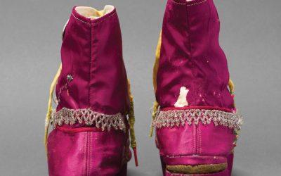 Frida Kahlo: οι προσθετικοί κηδεμόνες και το τεχνητό της πόδι εκτίθενται μαζί με τα προσωπικά της αντικείμενα